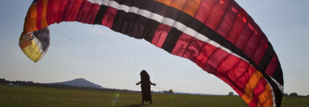 Paragliding-Windenstart auf dem Flugplatz Goerlitz